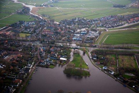 Luchtfoto Broek in Waterland