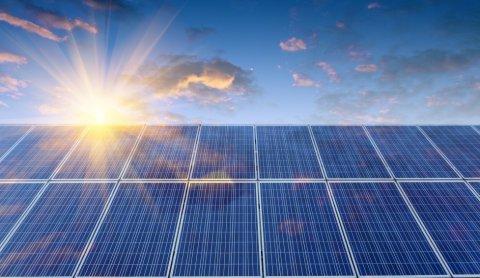 Zaanstreek-Waterland wil alle -grote- daken vol met zonnepanelen